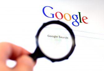 По просьбе пользователей Европы Google удаляет персональную информацию